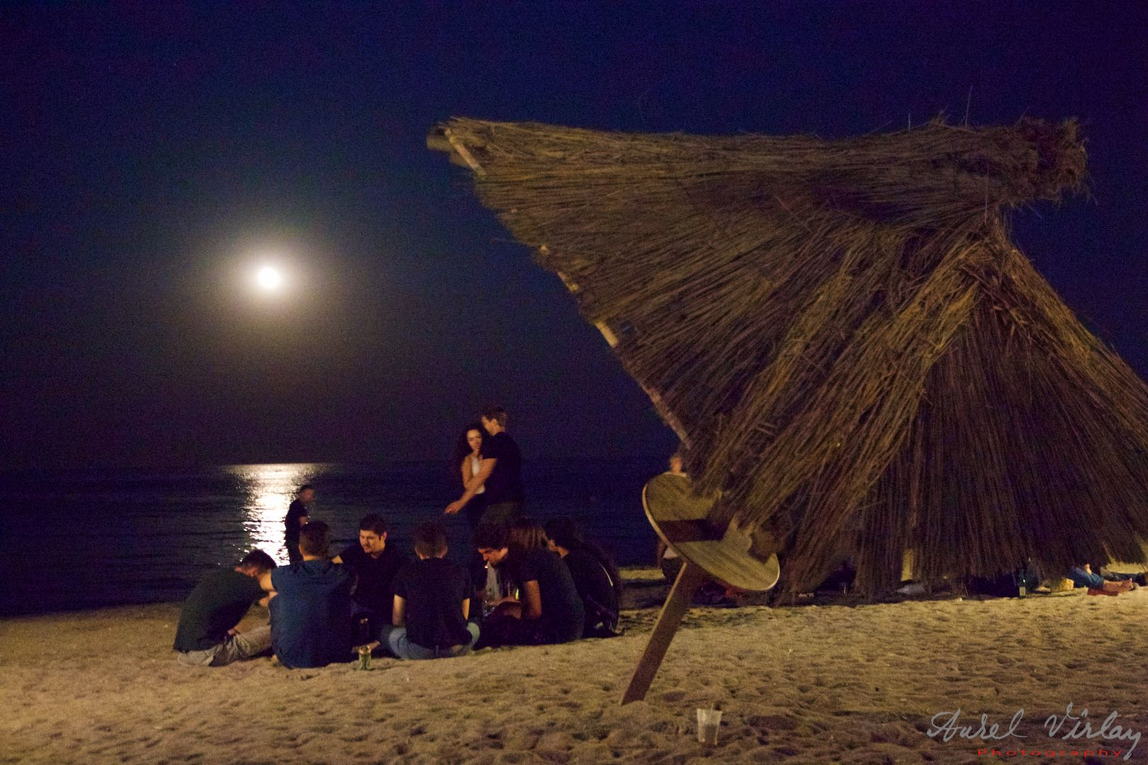 Moonlight over the Black Sea on *Plaja de Carte* beach. Night photography by Aurel Virlan.