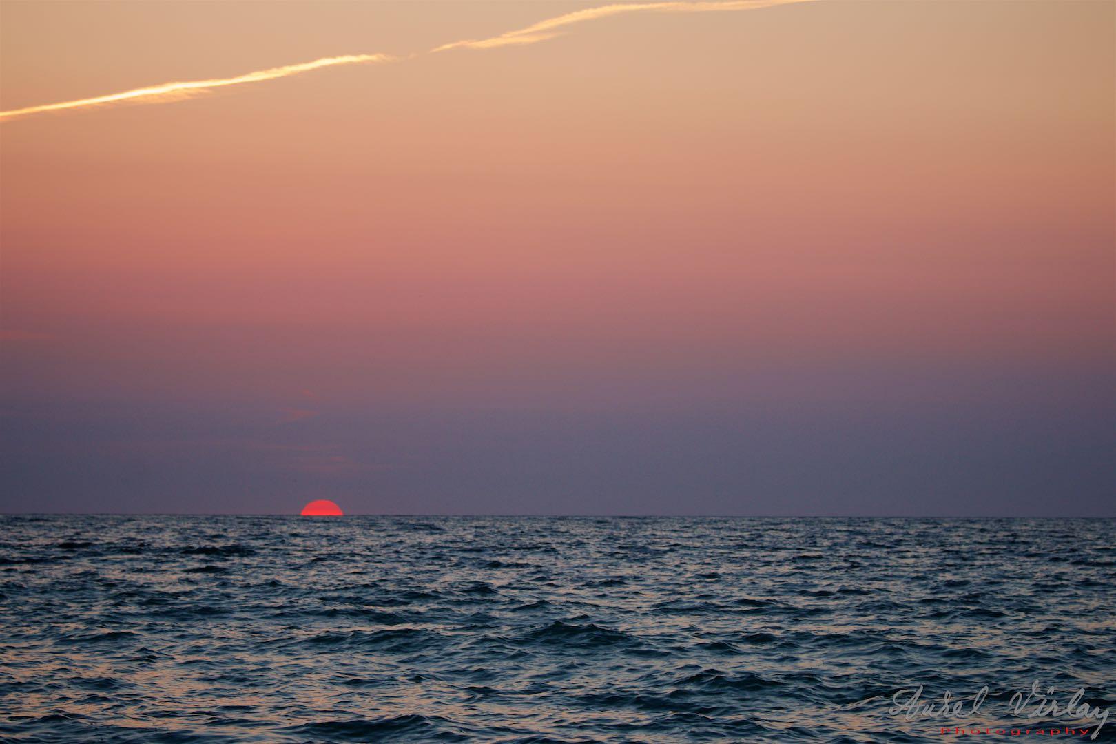 Sunrise in the decisive moment.